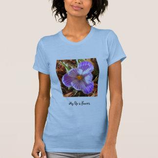 My life is flowers - Crocus T-Shirt