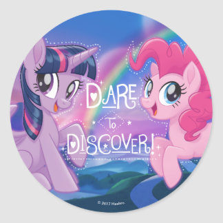 My Little Pony   Twilight and Pinkie - Discover Classic Round Sticker