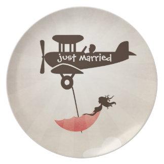 My Tuesday Dream - Umbrella Fantasy Melamine Plate