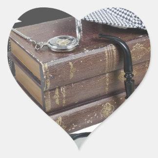 MysteryBooksHatPipeMagnifier042113.png Pegatina En Forma De Corazón