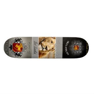 n691464625_1200155_2972, n691464625_1200156_321... skate board