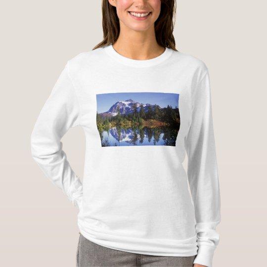N.A., USA, Washington, Mt. Baker & Snoqualmie T-Shirt