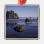 N.A., USA, Washington, Olympic National Park, 3 Christmas Ornaments