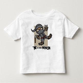 """""""N"""" está para la camiseta del niño de Ninja Playera"""