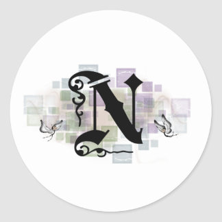 N inicial pegatina redonda