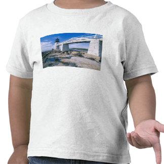 NA, los E.E.U.U., Maine, puerto Clyde.  Punto de Camiseta