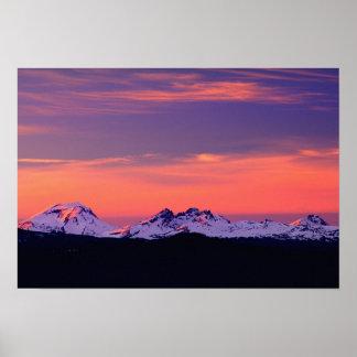 NA, los E.E.U.U., Oregon, las tres montañas de las Póster