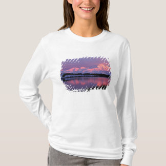 NA, USA, Alaska, Denali NP, Mt. McKinley, T-Shirt