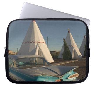 NA, USA, Arizona, Holbrook Route 66, Wigwam Laptop Sleeve