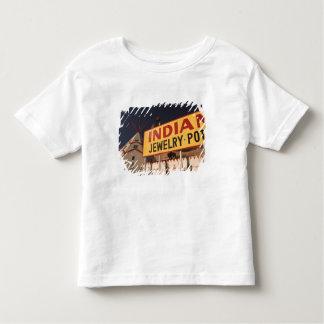 NA, USA, Arizona, Lupton Yellowhorse Indian T-shirt