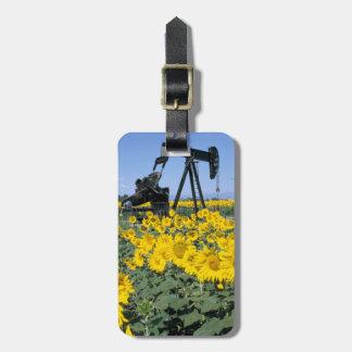 Na, USA, Colorado, Sunflowers, Oil Derrick Bag Tag