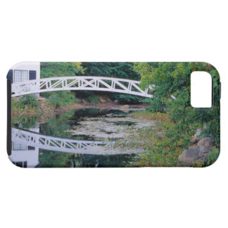 NA, USA, Maine.  Bridge over pond in Somesville. iPhone 5 Cases