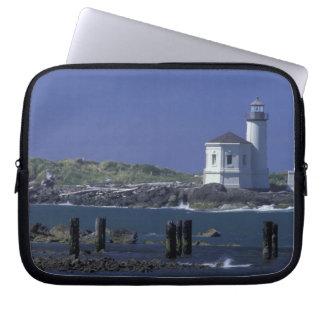 NA, USA, Oregon, Bandon, Coquille Lighthouse Laptop Sleeve