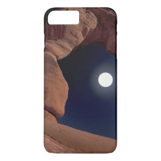 NA, USA, Utah, Arches National Park. Delicate iPhone 8 Plus/7 Plus Case