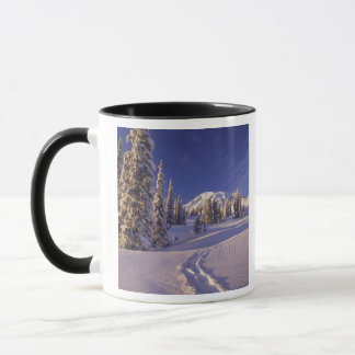 NA, USA, Washington, Mt. Rainier NP, Snowshoe Mug