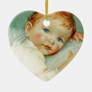 Nacimiento/cumpleaños del bebé adorno navideño de cerámica en forma de corazón