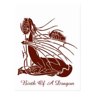 """""""Nacimiento de un dragón"""" - de color rojo oscuro - Tarjetas Postales"""