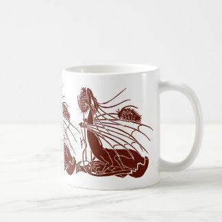 """""""Nacimiento de un dragón"""" - de color rojo oscuro - Taza Básica Blanca"""
