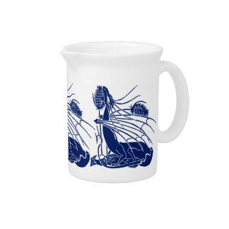 """""""Nacimiento de un dragón"""" - profundamente azul - Jarra Para Bebida"""