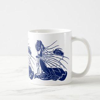 """""""Nacimiento de un dragón"""" - profundamente azul - Taza Básica Blanca"""