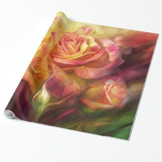 Nacimiento de un papel de regalo color de rosa del