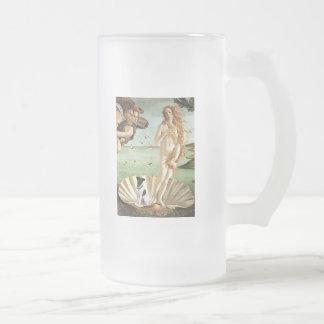 Nacimiento de Venus - fox terrier liso Jarra De Cerveza Esmerilada