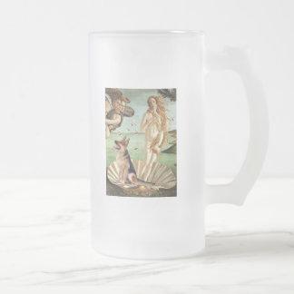 Nacimiento de Venus - pastor alemán 1 Jarra De Cerveza Esmerilada