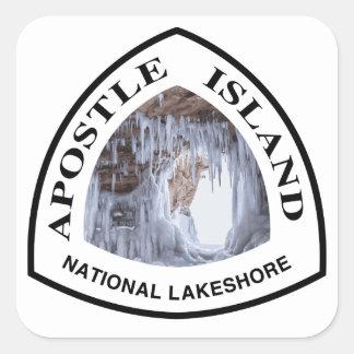 Nacional de la isla del apóstol a orillas del lago pegatina cuadrada