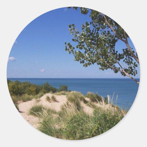 Nacional de las dunas de Indiana a orillas del Pegatina Redonda