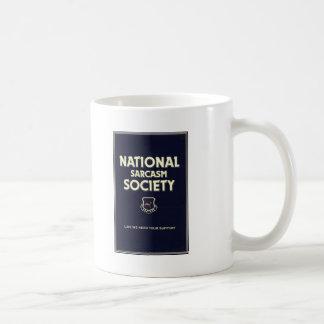 Nacional-Sarcasmo-Sociedad Taza Básica Blanca