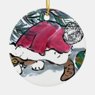 Nada considerar aquí dice el gatito en el gorra de ornamente de reyes