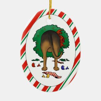 Nada empalma un ornamento del navidad del sabueso ornamentos de reyes