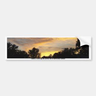 Nada tan bonito como la puesta del sol de Kentucky Etiqueta De Parachoque