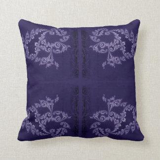 Nadador de encaje - azul púrpura cojín