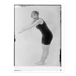 Nadador de la mujer del vintage tarjeta postal
