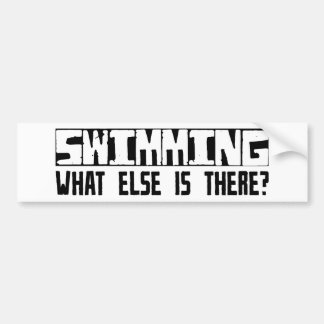 ¿Nadando qué más está allí? Pegatina De Parachoque