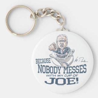 Nadie ensucia con el engranaje de Joe Biden Llavero Redondo Tipo Pin