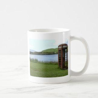 Nadie llama… taza de café
