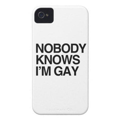 NADIE SABE que soy GAY - .png iPhone 4 Case-Mate Coberturas