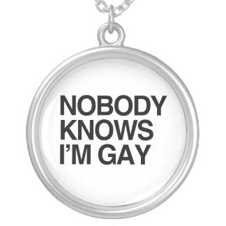 NADIE SABE que soy GAY - png Collar Personalizado