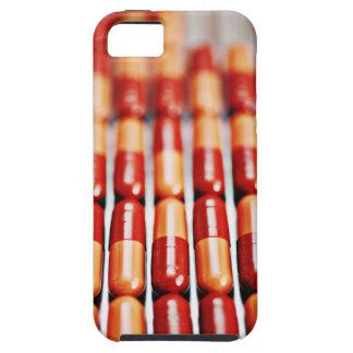 Nah oben von den Reihen der Pillenkapseln iPhone SE/5/5s Case