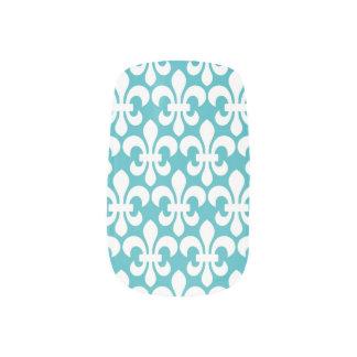 Nails White Fleur De Lis on a teal background Minx® Nail Art