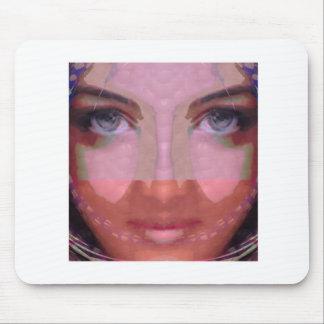 NAINA : DOE Eye n Perfect LIPS Girl Graphics Mouse Pad