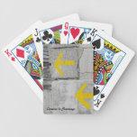 Naipes amarillos de las flechas barajas de cartas