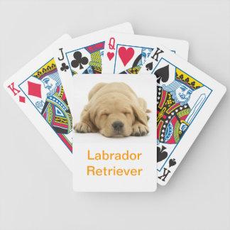 Naipes amarillos del perro del labrador retriever barajas de cartas