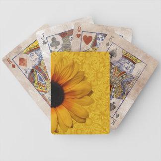 Naipes amarillos hermosos de los girasoles