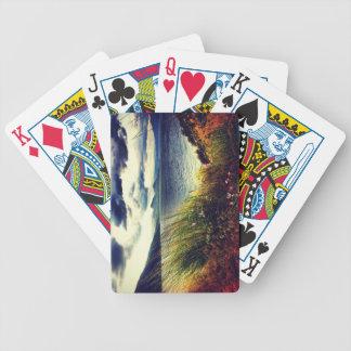 Naipes azul marino de las nubes del lago grass baraja cartas de poker