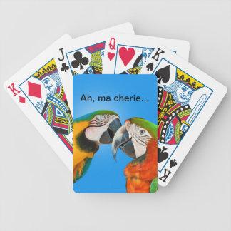 Naipes cariñosos de los loros barajas de cartas