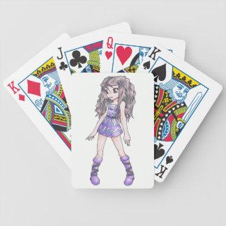 Naipes con el chica en vestido púrpura barajas de cartas