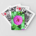 Naipes con la dalia rosada brillante baraja cartas de poker